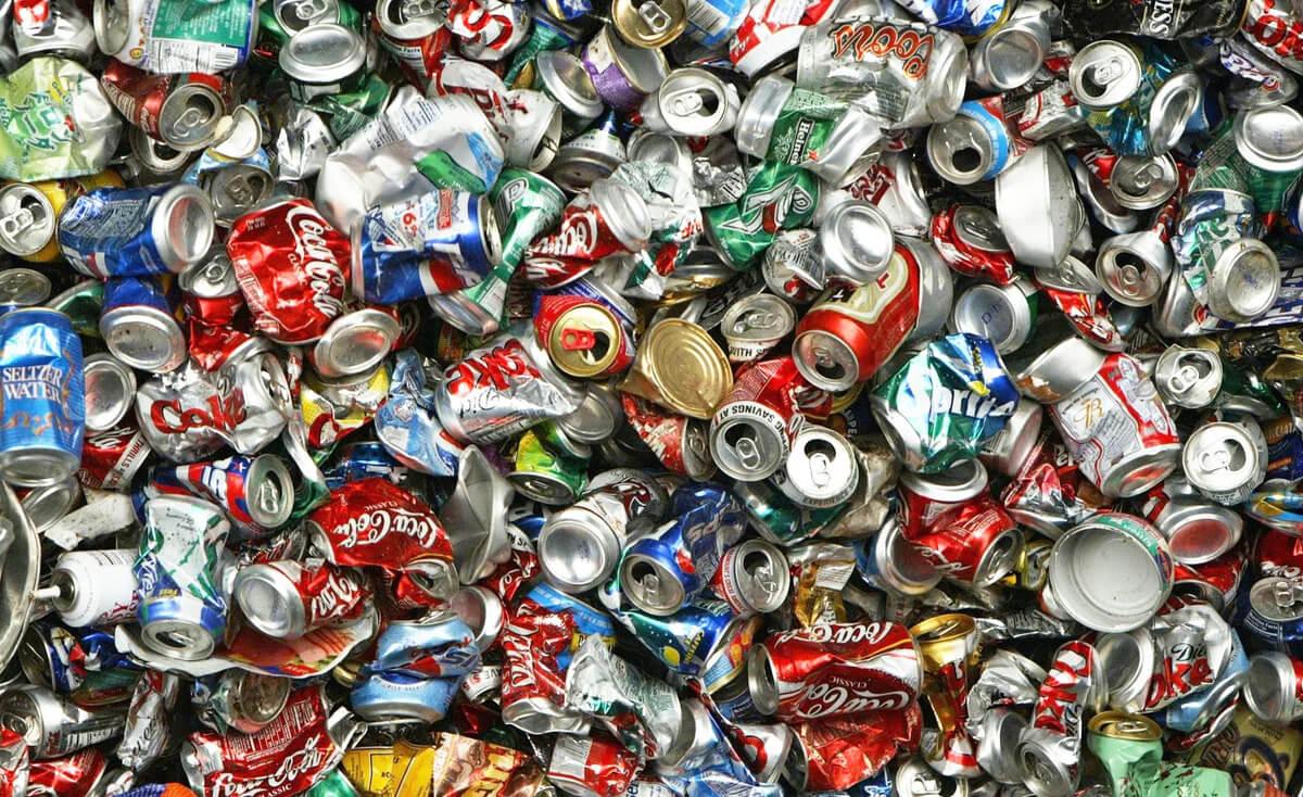 Алюминиевые банки (мусор)