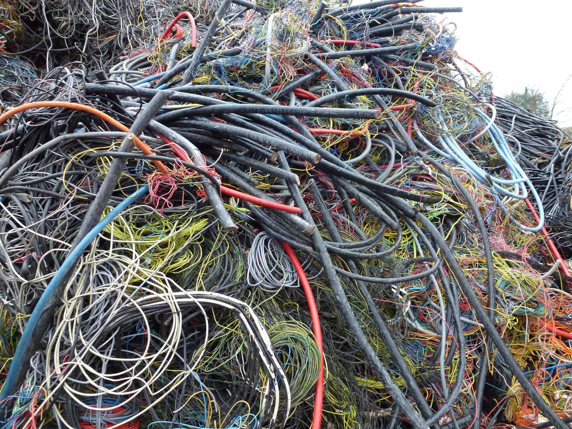 неочищенный кабель